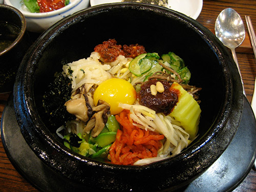 Bibimbap is not only healthy, but also very tasty