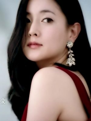 2 Lee Young Ae